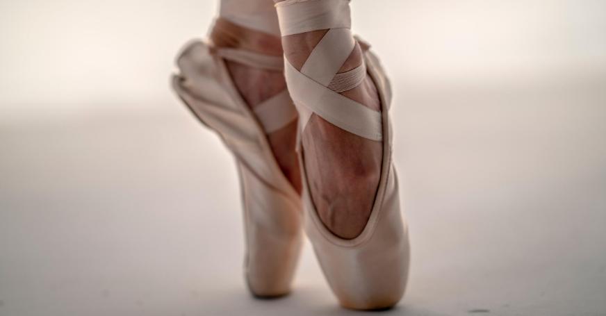 Schuhe sollten so ausgewählt werden, dass sie die natürliche Funktion der Füße nicht beeinträchtigen.