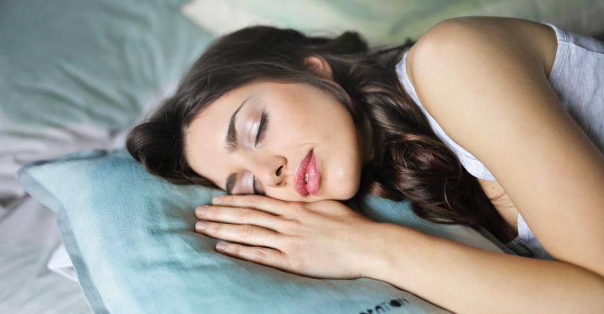 Ruhig und entspannt schlafen: Mit CBD ist das gar kein Problem!