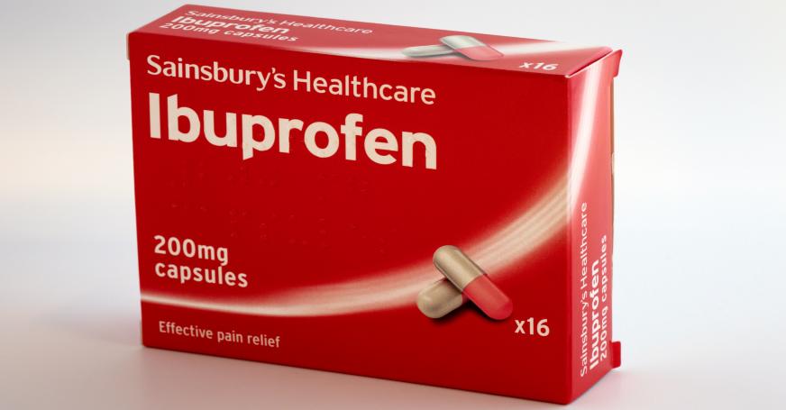 Ibuprofen hilft schnell gegen Kopfschmerzen.